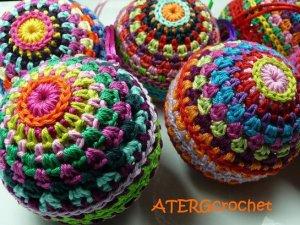 crochetchristmasballswm