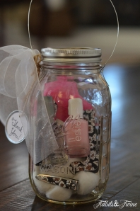 Mason_Jar_Manicure_Set