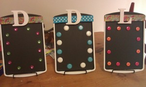These cookie sheets have been painted with chalkboard paint and decorated. www.flickr.com/sidneydeal37